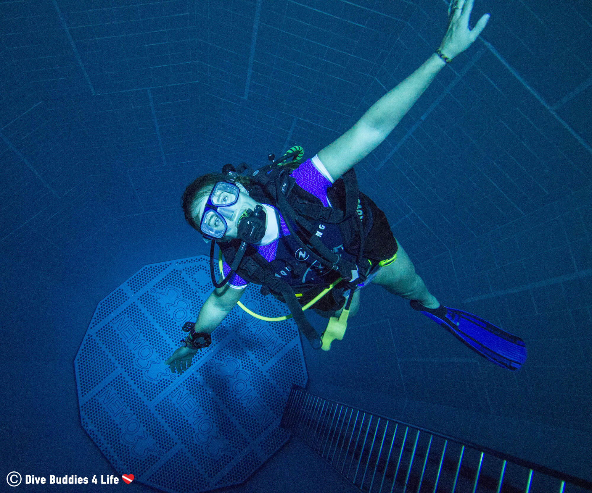 Ali Free Falling In Her Scuba Diving Equipment To The Bottom Of The Nemo 33 Pool In Brussels, Belgium