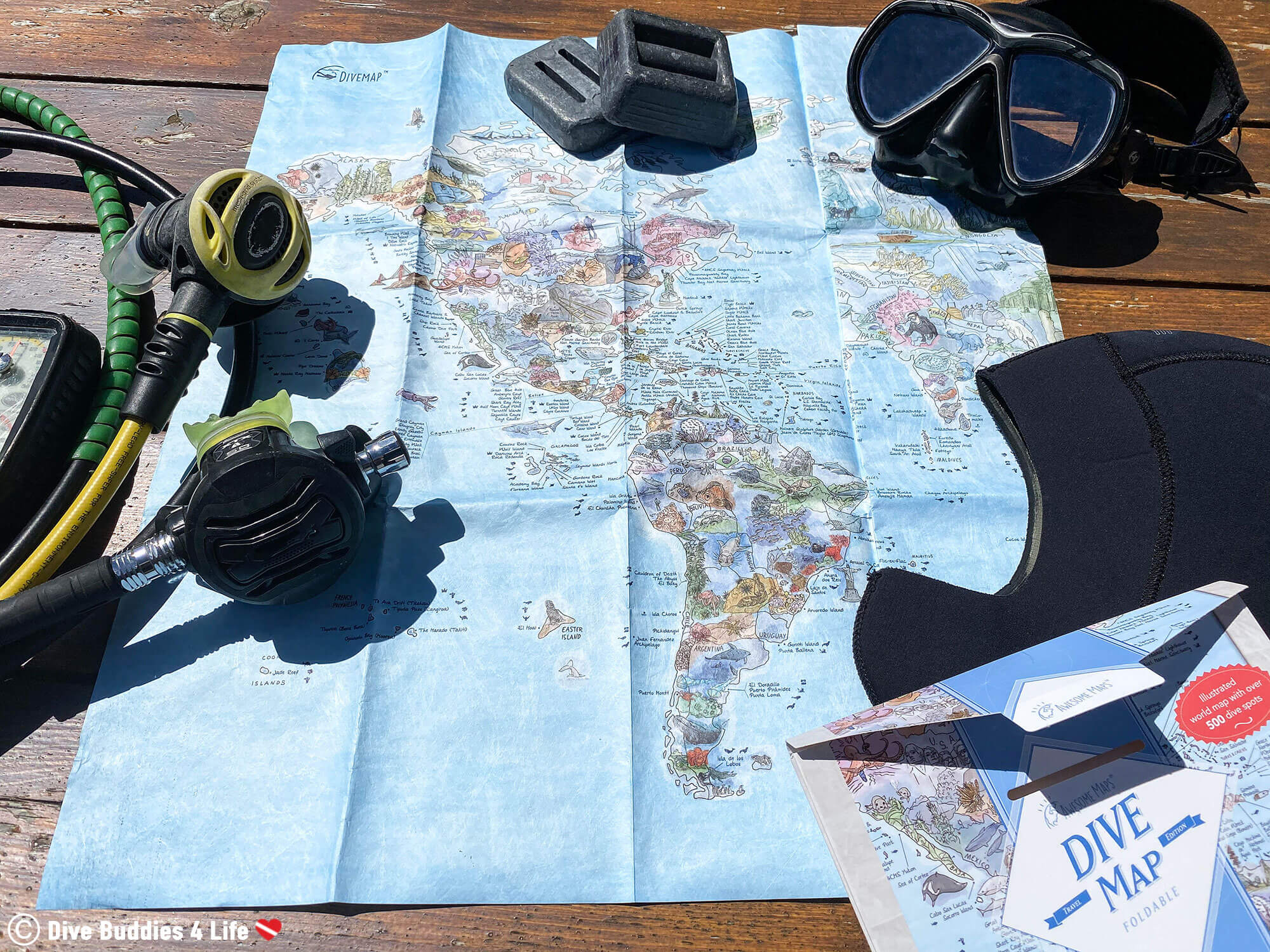 Awesome Map's World Diving Map With Scuba Gear