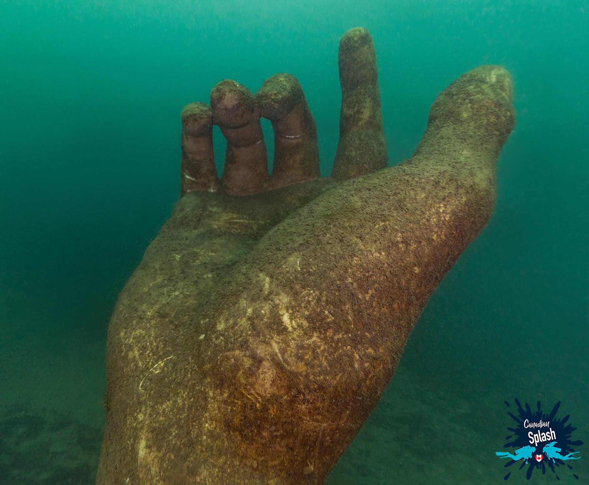 Centeen Park Underwater Hand Statue, Ontario, Scuba Diving Canada