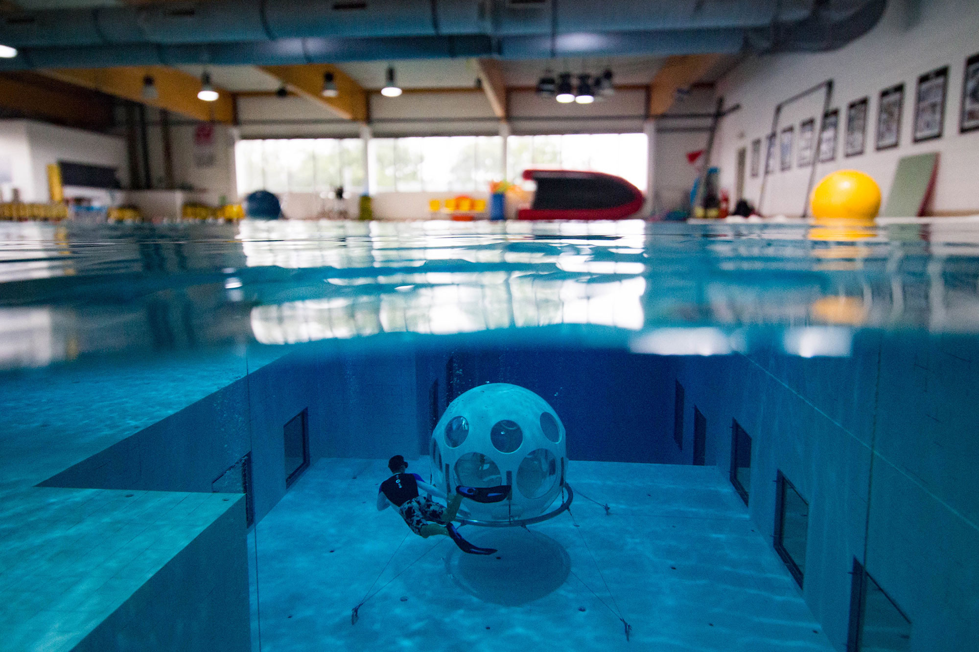 Free Diving The Nemo In Belgium, Learning To Scuba Dive