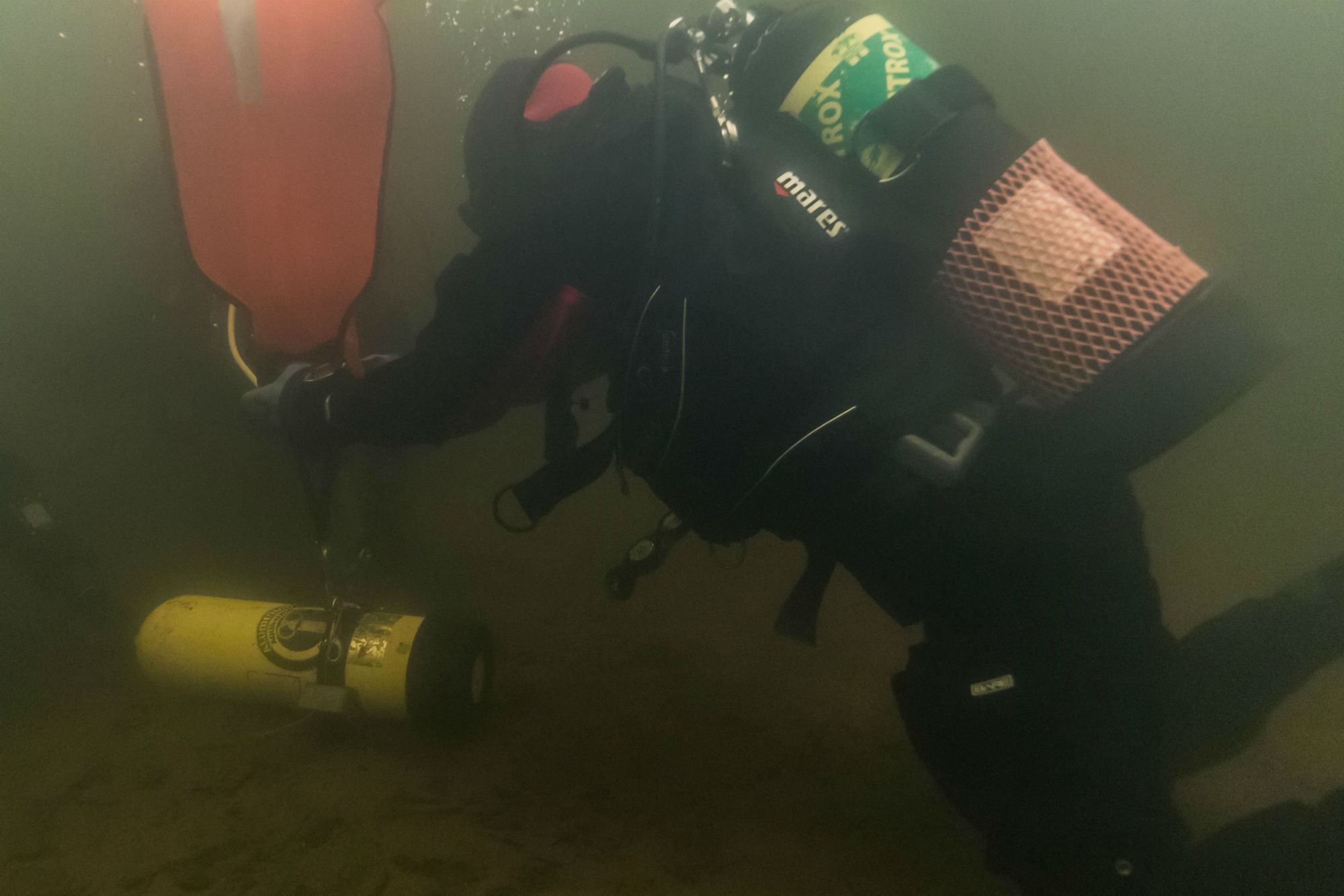 Using the Lift Bags on the Zombie Gas Underwater