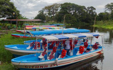 Islets Boats