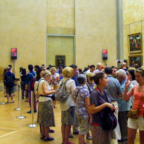 The Mona Lisa Crowd