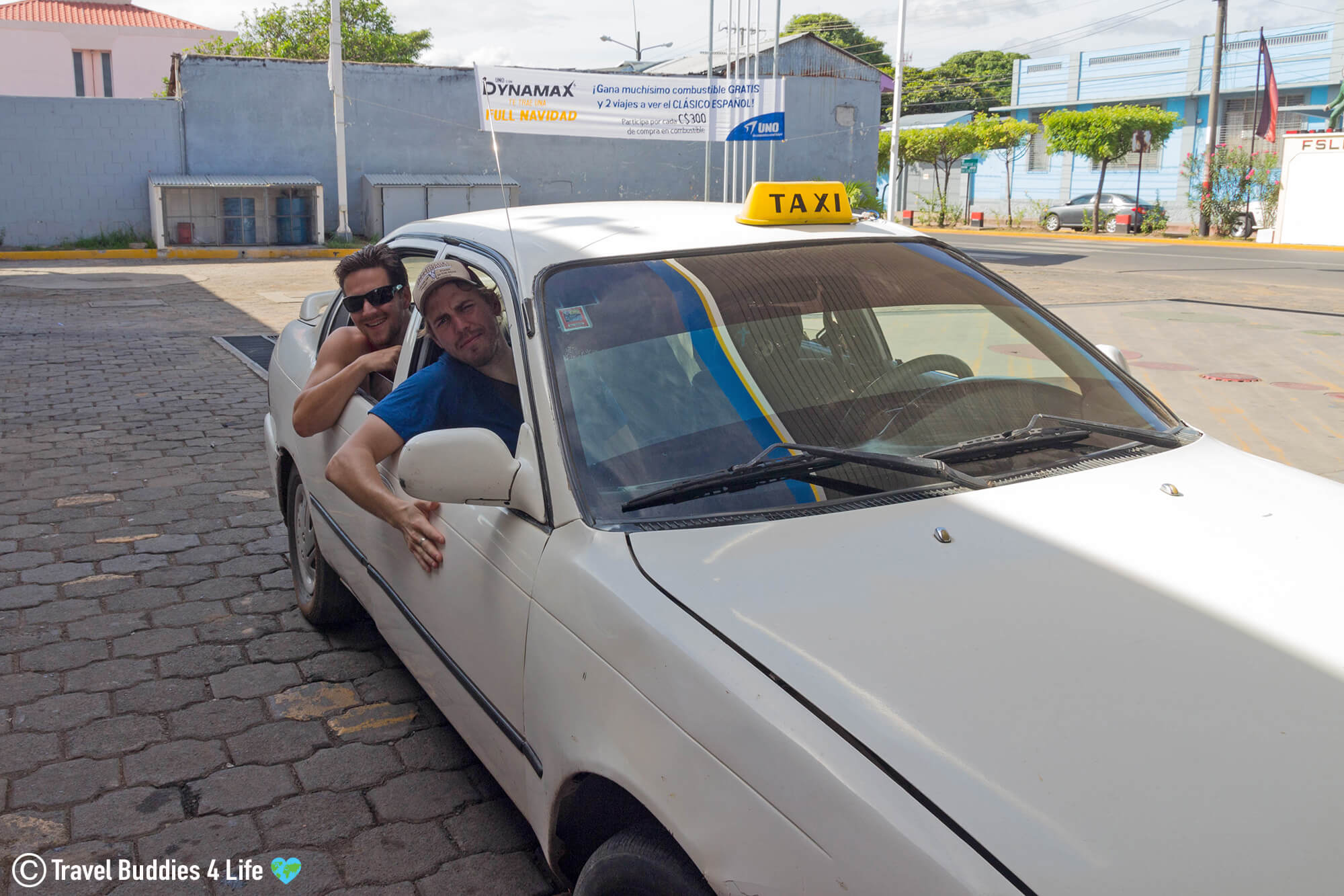 The Sketchy Taxi Ride To The Laguna Apoyo For Scuba Diving, Nicaragua