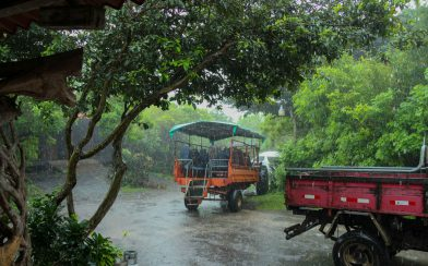 Tour Tractor in the Rain